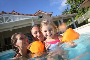 4 Reasons To Have Your Own Swimming Pool