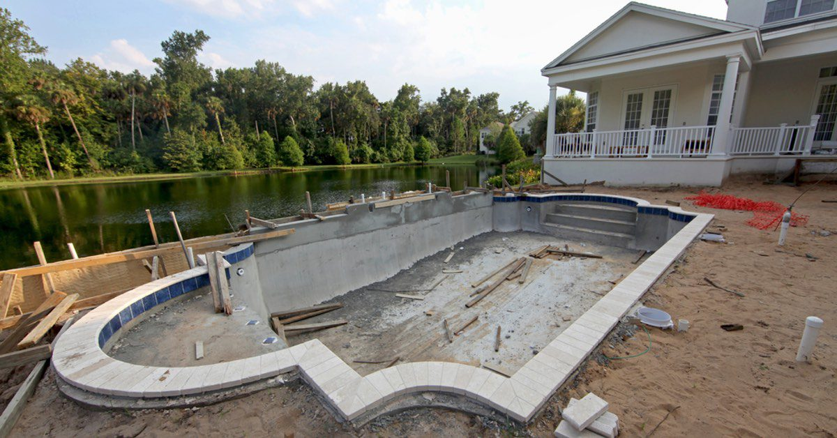 Building a New Home, Guide to the Best Time to Install a Pool