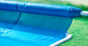 How To Heat a Swimming Pool For Free